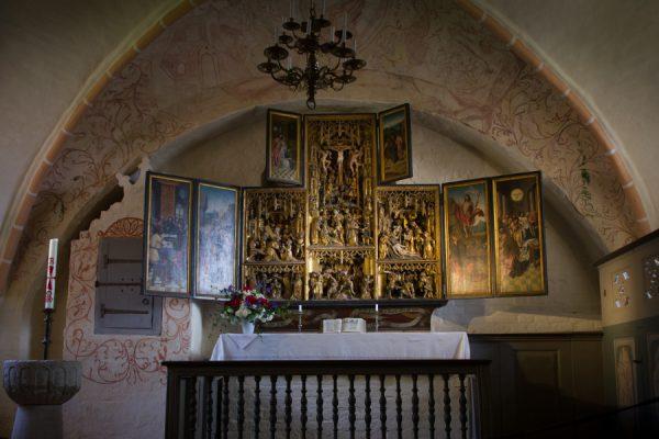 Kirche Ummanz mit Schnitzaltar